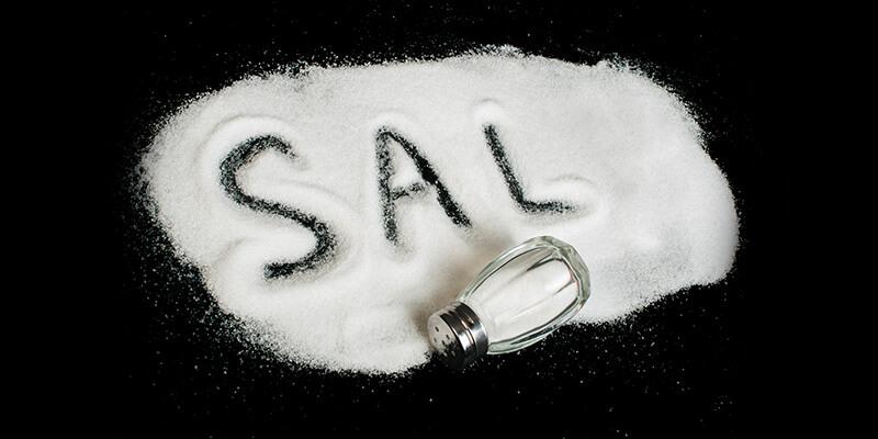 O que acontece se comer muito sal