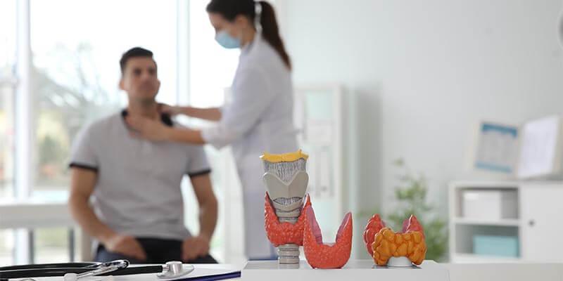 Como é a consulta com um endocrinologista?